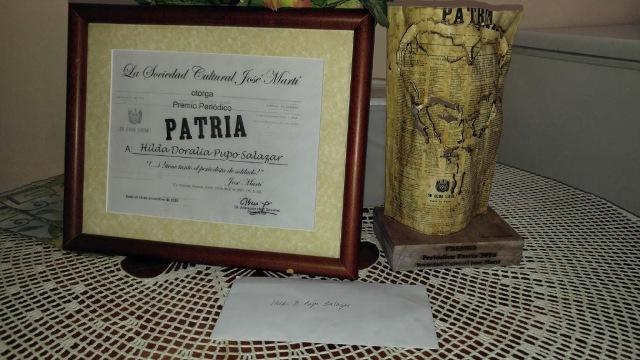 Premio Periódico Patria 2017, entregado por parte del ejecutivo de la Sociedad Cultural José Martí (SCJM) en la provincia