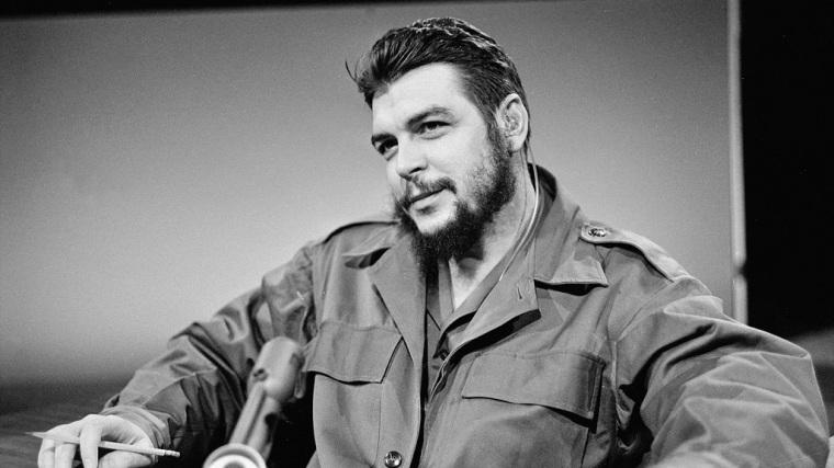 Con orgullo llevo el nombre de Ernesto.