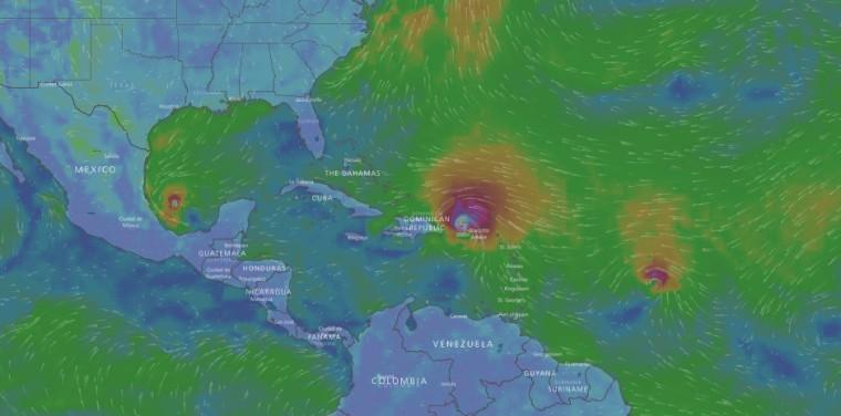 """Tres huracanes obligan a buscar """"toneladas"""" de información. Captura del sitio windy.com."""