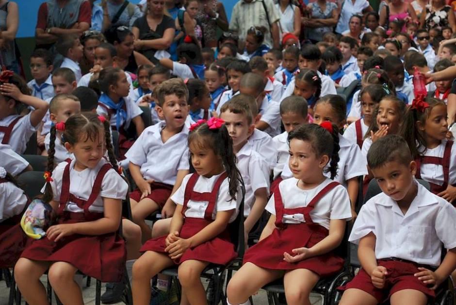 """Inicio del curso escolar en el seminternado """"Paquito González Cueto"""". Foto: Carlos Parra Zaldívar."""