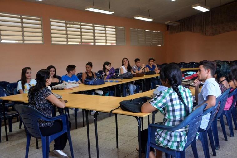Los estudiantes regresan a las aulas de la Universidad de Holguín tras el paso del Huracán Irma por Cuba. VDC FOTO/Yusmel Pérez Figueredo.