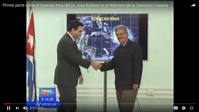 Elier Pila, el discípulo, es el encargado de dar la bienvenida al Doctor José Rubiera a su regreso al NTV para hablar del Huracán Irma. Captura del video de youtube.