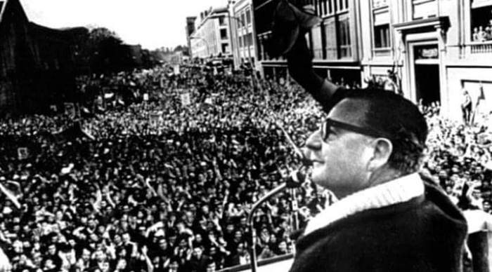 Salvador Allende en Chile. Foto tomada de internet.