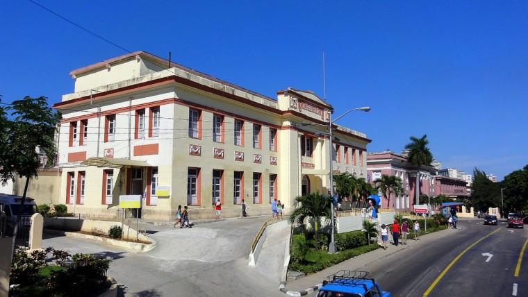 Hospital Calixto García, La Habana, Cuba. Foto tomada de internet.