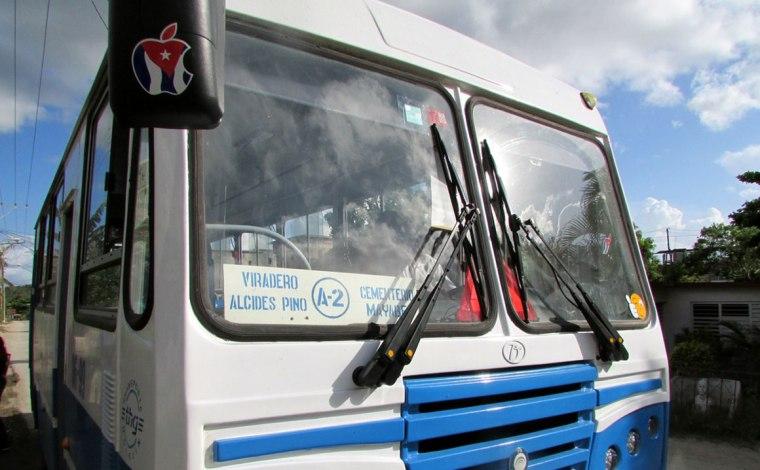 La A2 es una de las nuevas rutas que comenzaron en Holguín. Foto: Francisco Rojas González.