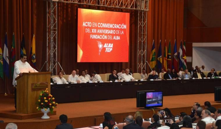 Intervención del jefe de Estado venezolano, Nicolás Maduro, en la ceremonia en saludo al aniversario 13 de la Alianza Bolivariana para los Pueblos de Nuestra América-Tratado de Comercio de los Pueblos, en el Palacio de Convenciones de La Habana, Cuba, el 14 de diciembre de 2017. ACN FOTO/Marcelino VÁZQUEZ HERNÁNDEZ