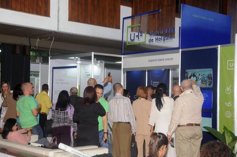 Stand de la Universidad de Holguín en el Congreso Internacional Universidad 2018.