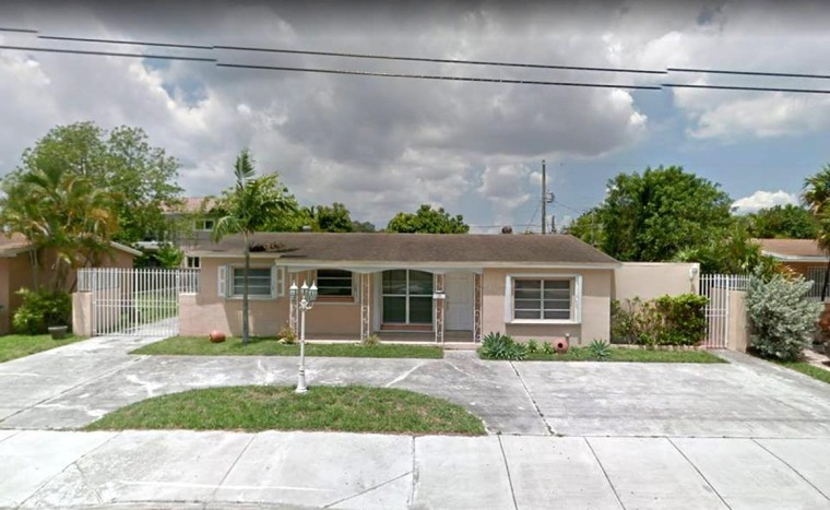 La millonaria casa está ubicada en 1810 SW 87th Ave, Miami, Florida.