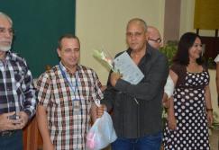 Luis Álvaro García Arguelles recibe su Título de Doctor en Ciencias, en acto efectuado en la sede José de la Luz y Caballero de la Universidad de Holguín, el 30 de mayo de 2018. UHo FOTO/Luis Ernesto Ruiz Martínez.