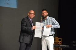 Reconocimiento a los Mejores graduados en el acto de Graduación de los cursos por encuentro y de educación a distancia de la Universidad de Holguín, efectuado en el Teatro Comandante Eddy Suñol, el domingo 15 de julio de 2018. UHo FOTO/Torralbas.