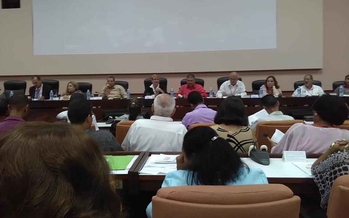 Comienza en #Cuba el #XCongresoUPEC
