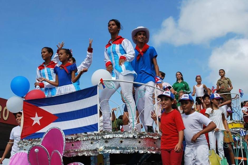 Carnaval Infantil en Holguín. Foto: Carlos Parra Zaldívar.