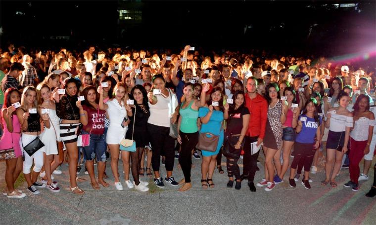 Acto de ingreso a la FEU de estudiantes de primer año de la Universidad de Holguín, efectuado en la sede Oscar Lucero Moya, el 27 de septiembre de 2018. VdC FOTO/Luis Ernesto Ruiz Martínez/Dircom.