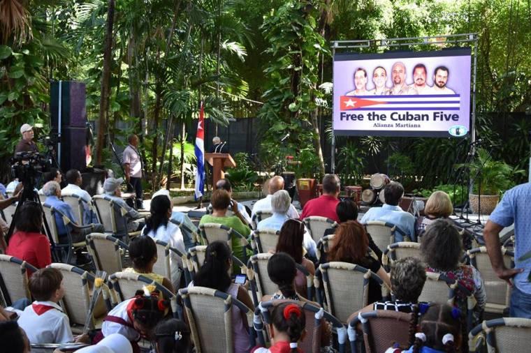 Efectuado acto a 20 años de la detención de los cinco héroes cubanos en Estados Unidos. Foto: ICAP.