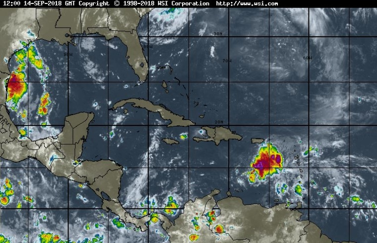 En la trayectoria pronosticada, Isaac se movera sobre el este y centro del Mar Caribe durante los proximos dias. Imagen tomada de Intellicast.