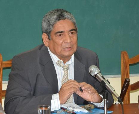 Dr. C. Falconeri Lahera Martínez. Panel por la Cultura Cubana desarrollado en la sede José de la Luz y Caballero, el 17 de octubre de 2018. UHO FOTO/Luis Ernesto Ruiz Martínez.