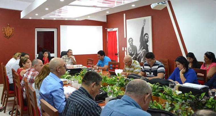Reunión del Consejo de la Administración Provincial (CAP). Foto: Asamblea Provincial del Popular en Holguín.