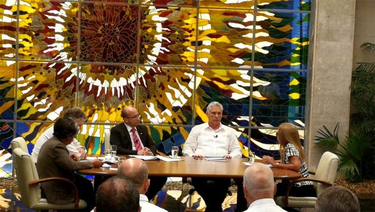 Díaz-Canel interviene en Mesa Redonda sobre medidas económicas e incremento salarial. Foto: Presidencia Cuba