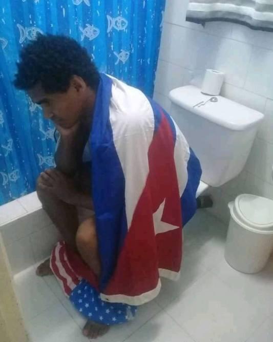 ultraje-banderacubana13
