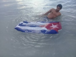 ultraje-banderacubana2