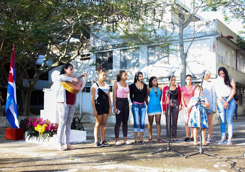 Homenaje a José Martí en la Universidad de Holguín. UHo FOTO/Yensy Torres Oliva